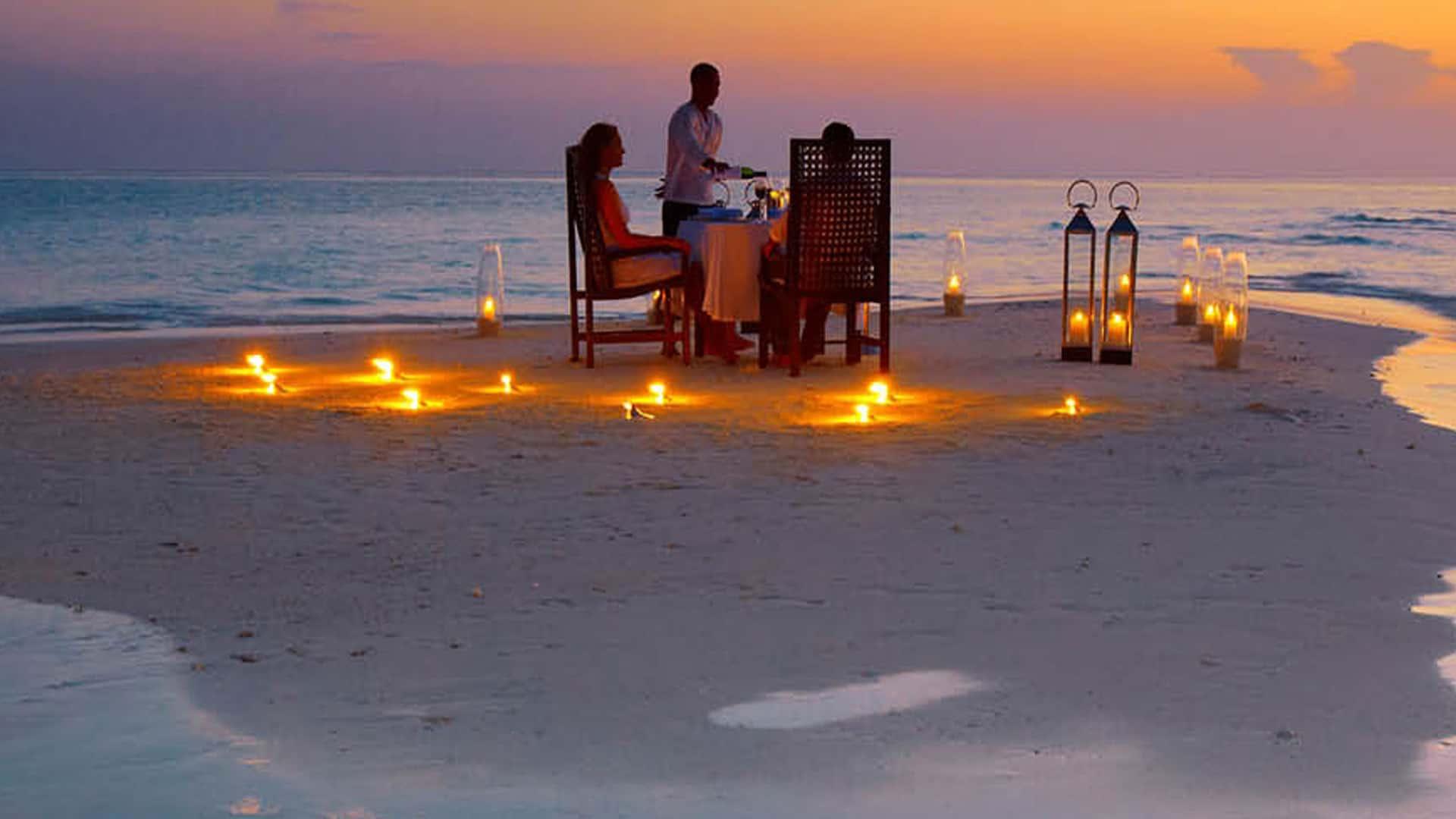 Sandbank dining, Maldives