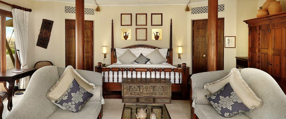 Al Maha Desert Resort and Spa Luxury Collection Presidential Suite
