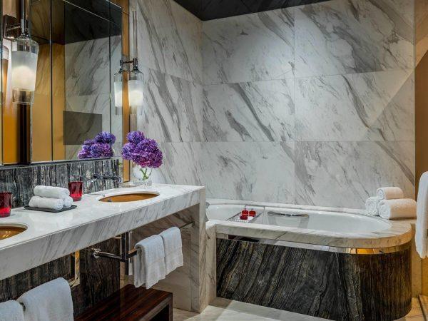 Four Seasons Hotel Shanghai at Pudong suite bathroom