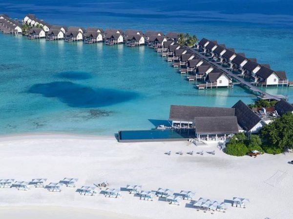 Four Seasons Resort Maldives at Landaa Giraavaru Baa Atoll