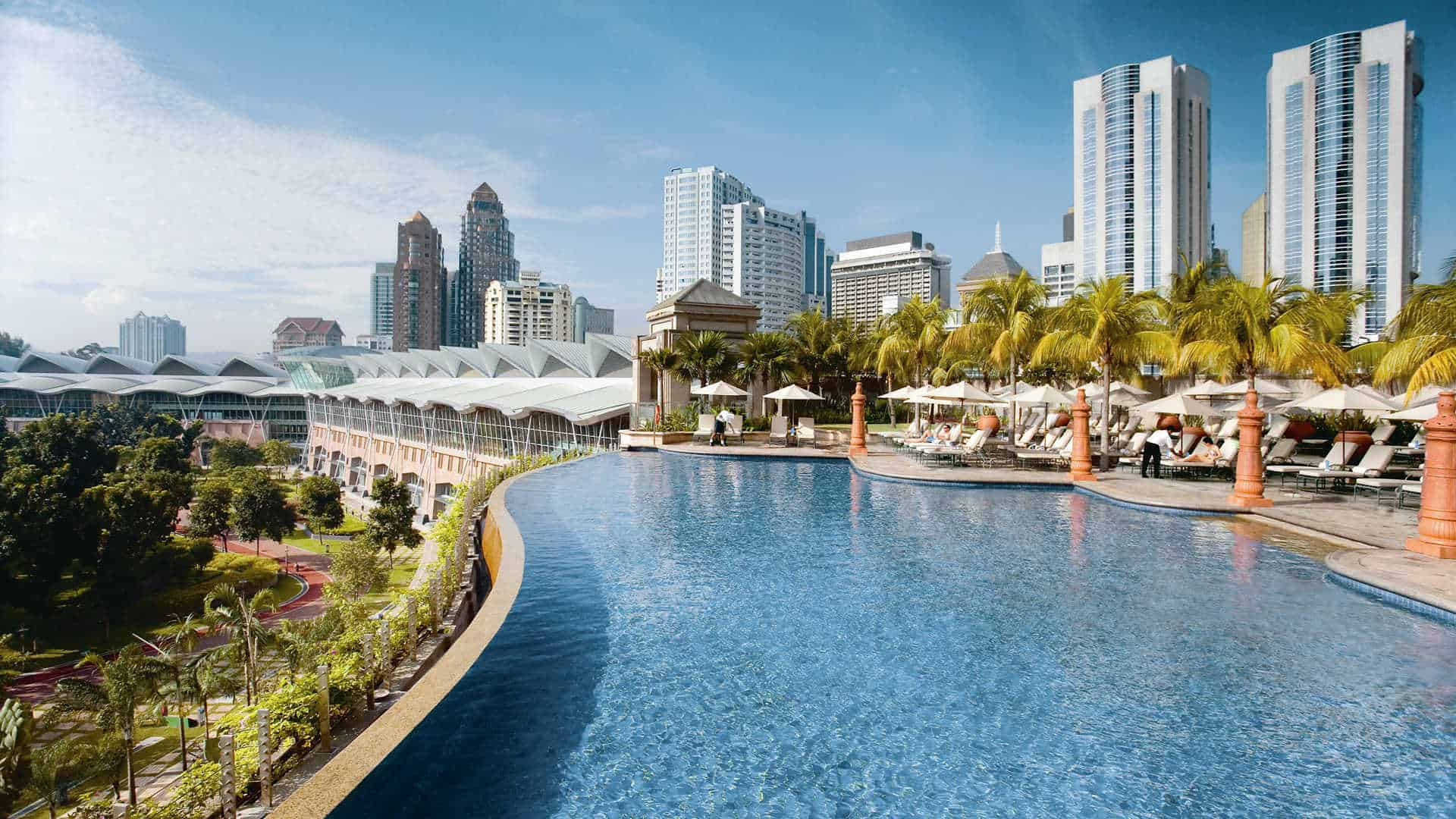 Mandarin Oriental Kuala Lumpur pool