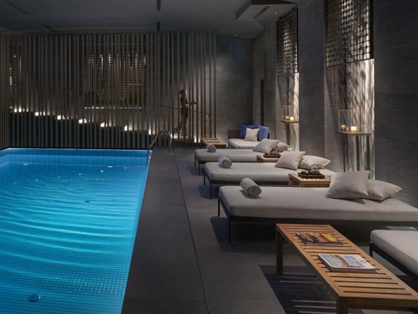 Mandarin Oriental Milano spa pool