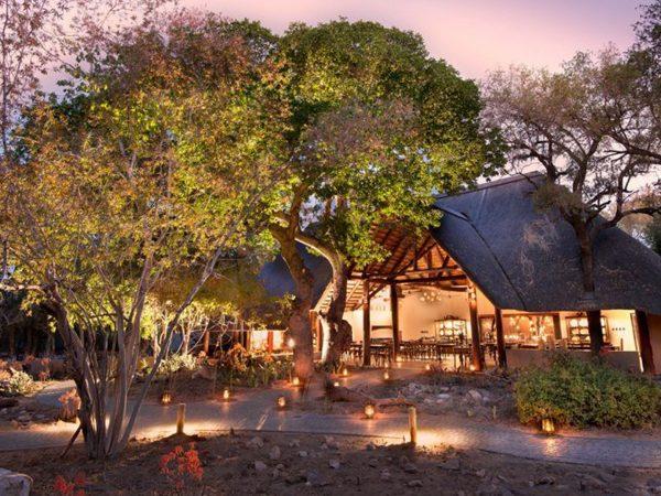Ngala Safari Lodge common area