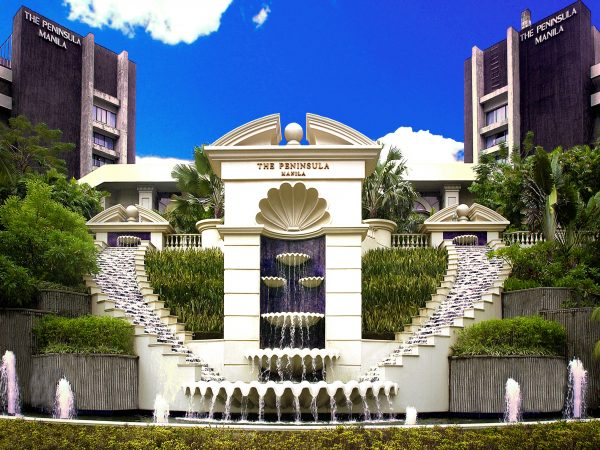 Peninsula Manila Fountain