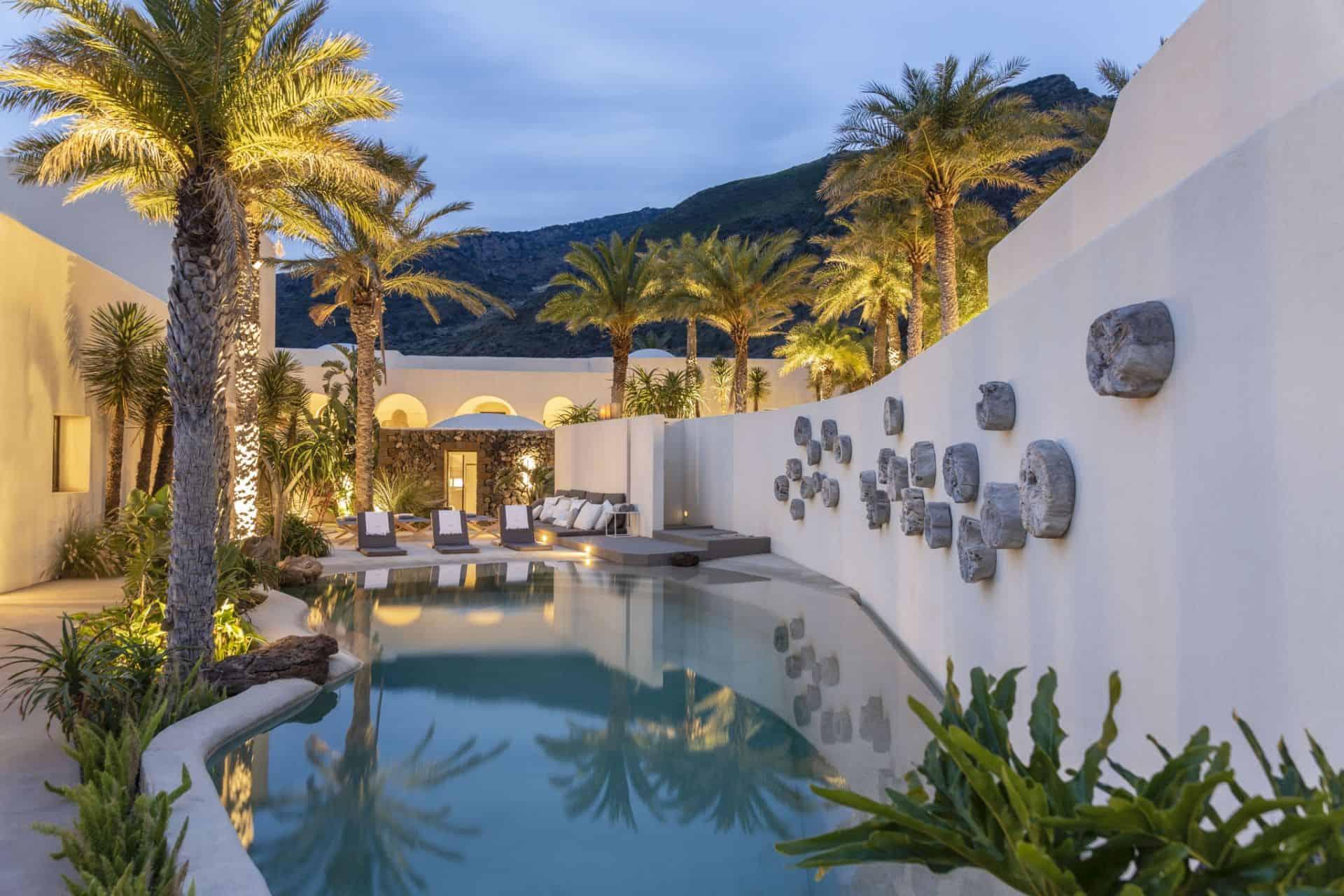 Sikelia Luxury Hotel Pantelleria Pool