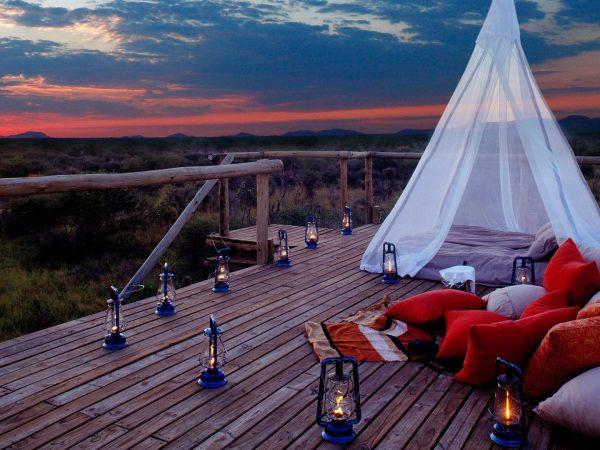 Sundeck-at-Sanctuary-Makanyane-Safari-Lodge