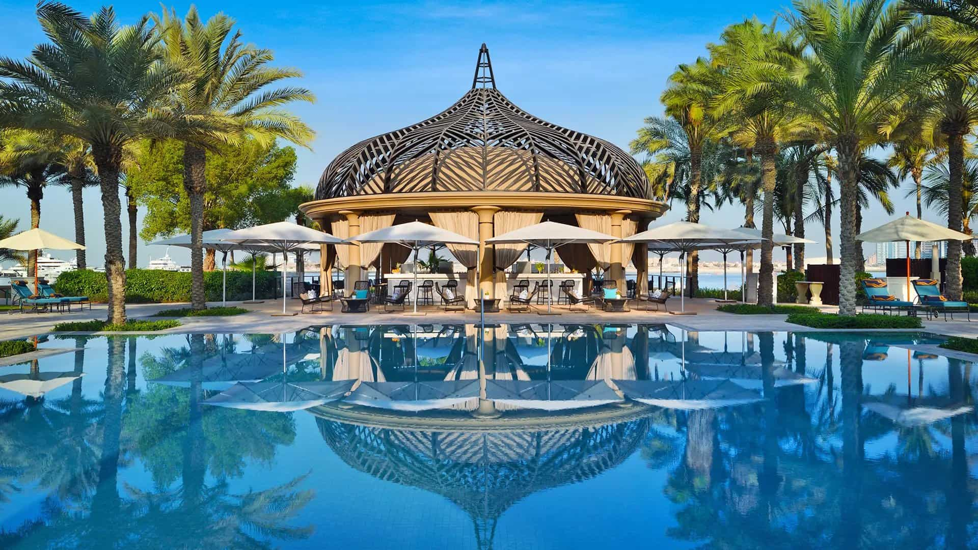 The Luxe Voyager: Luxury Travel | Luxury Vacations