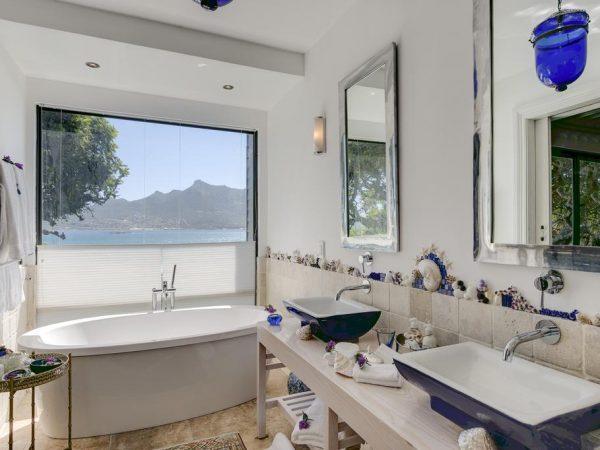 Tintswalo Atlantic Cape Town Bathroom