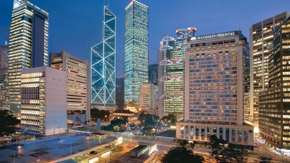 hong-kong-exterior-view-night