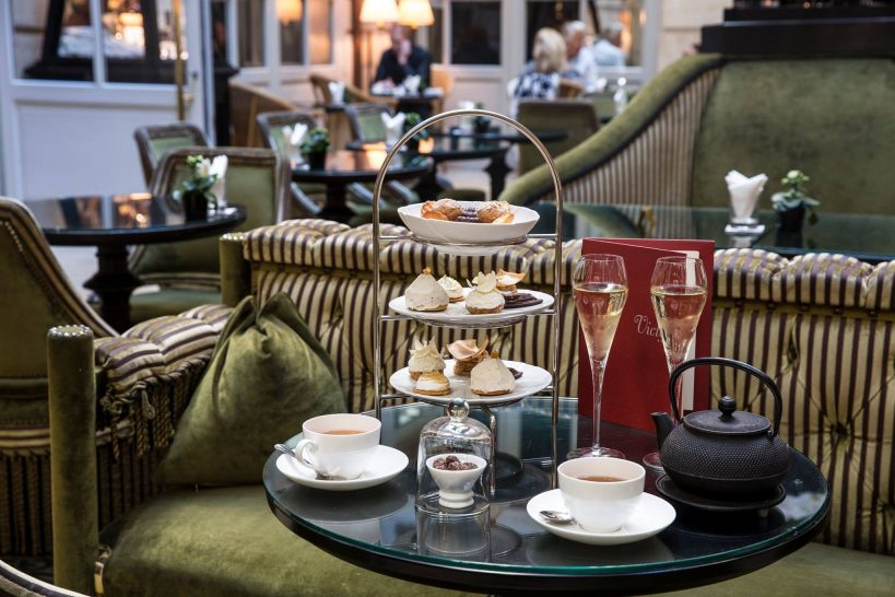 Afternoon tea with champagne at Bar l'Orangerie