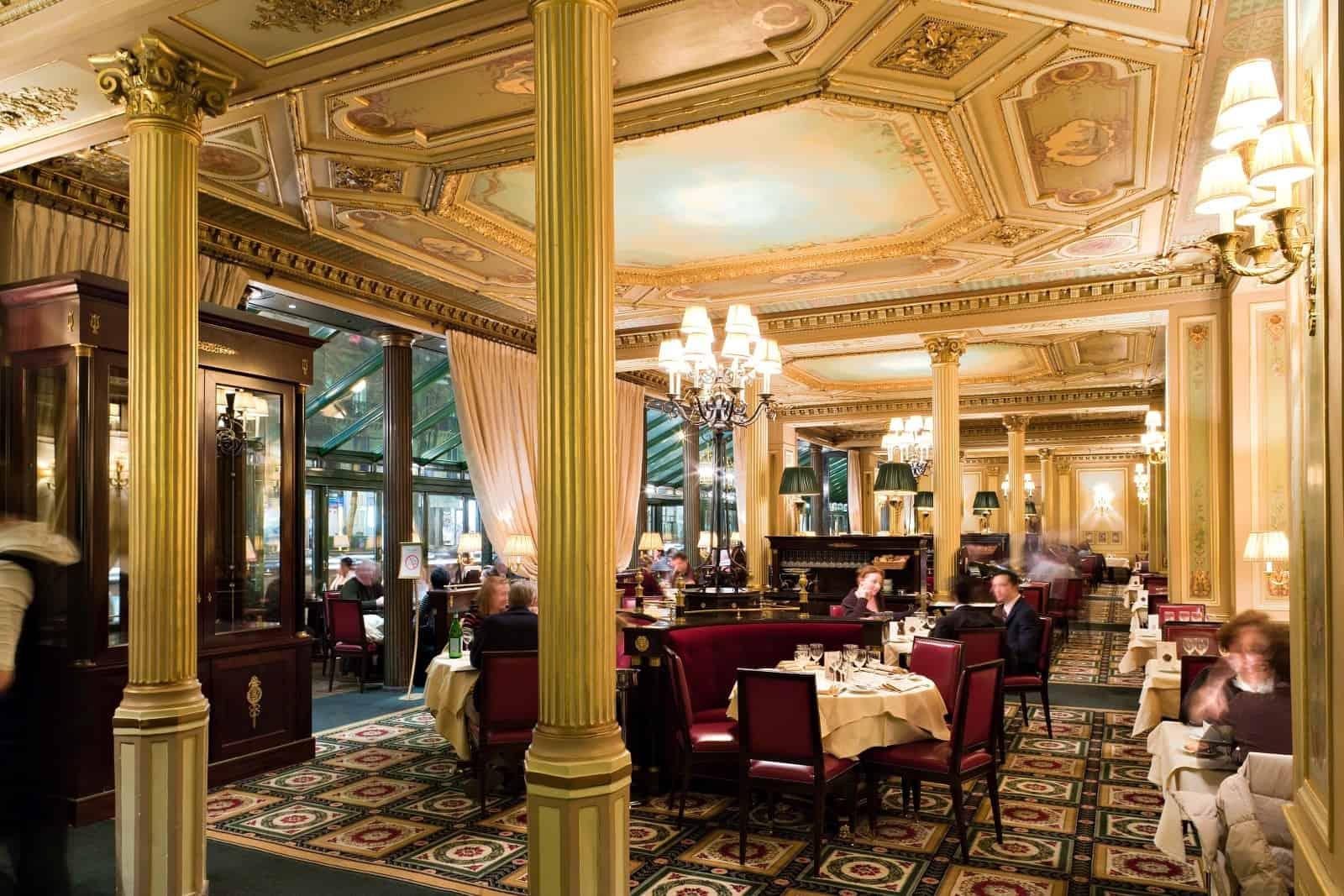 Le Grand Caf Ef Bf Bd Paris