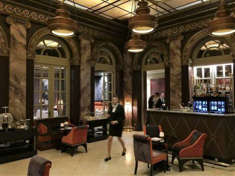 Le Pressoir d'Argent Gordon Ramsay Lounge