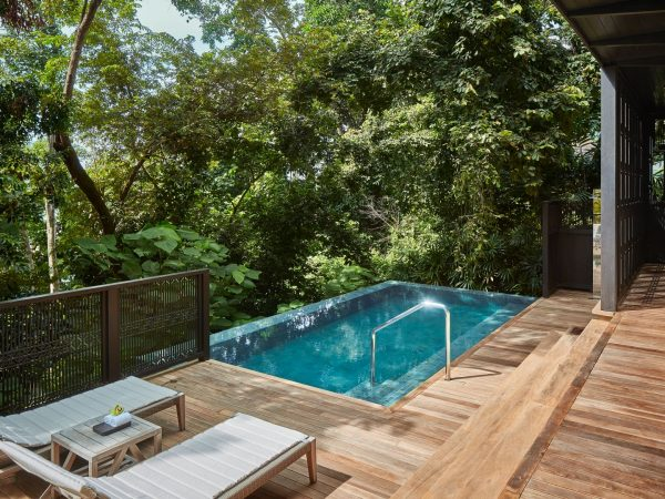 Rainforest Villa Poolside