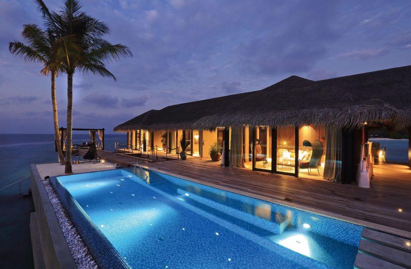 Velaa private island romantic Pool Residence Exterior