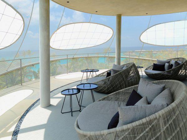 Tavaru Rooftop Lounge