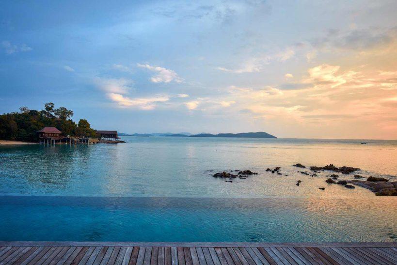 The Ritz Carlton Langkawi Villa Mutiara Main Pool Sunset
