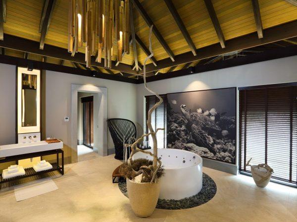 Velaa Private Island Residence Bathroom