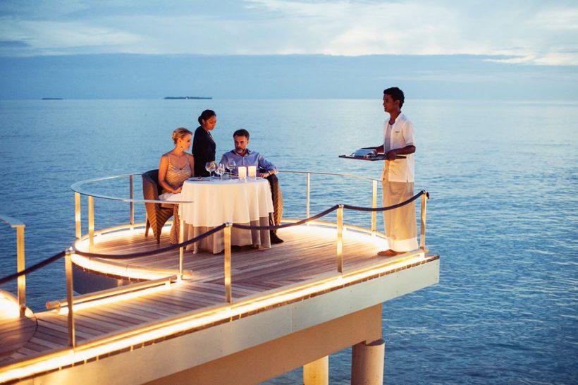 Velaa private island Aragu Restaurant Outdoor Sitting Area