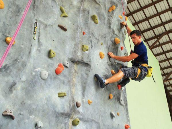 Velaa private island Wall Climbing