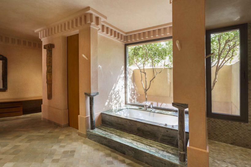 Amanjena Pavilion Bathtub