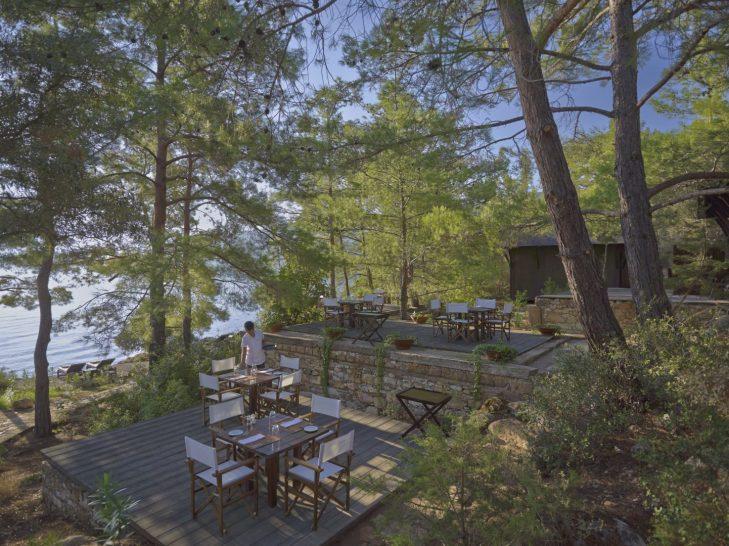 Amanruya Beach Club Dining Terrace
