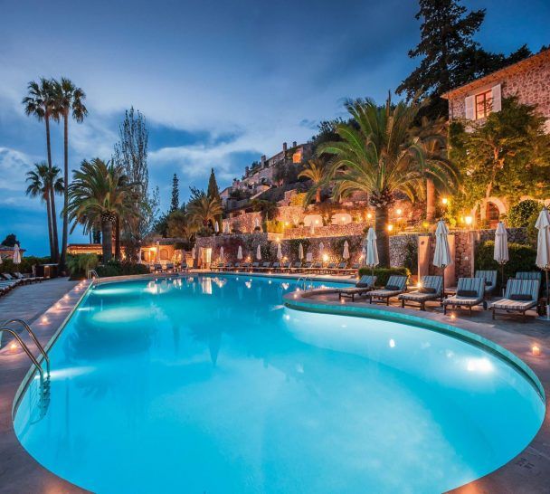 Belmond La Residencia Pool Sunset