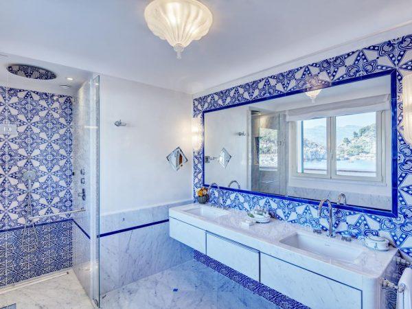 Belmond Villa Sant Andrea Junior Suite bathrom