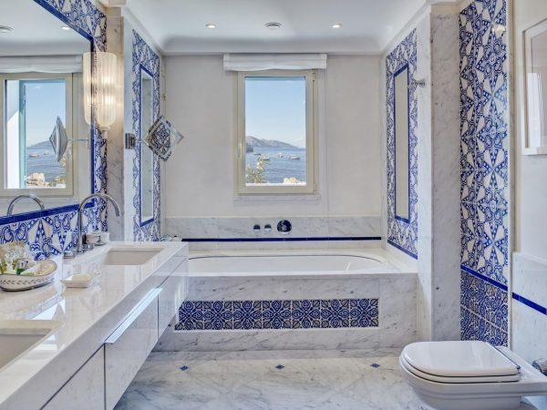 Belmond Villa Sant Andrea Suite bathroom