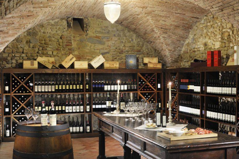 Como Castello del nero Wine Cellar