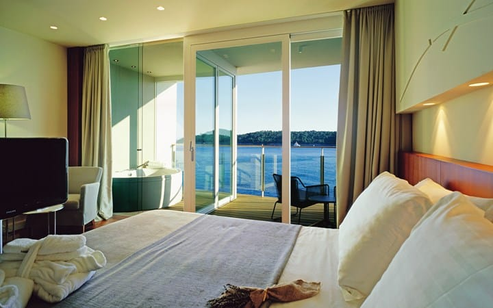 Villa Dubrovnik Executive Room with Seaview and Balcony