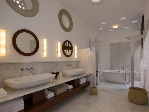 Pavilion Bathroom