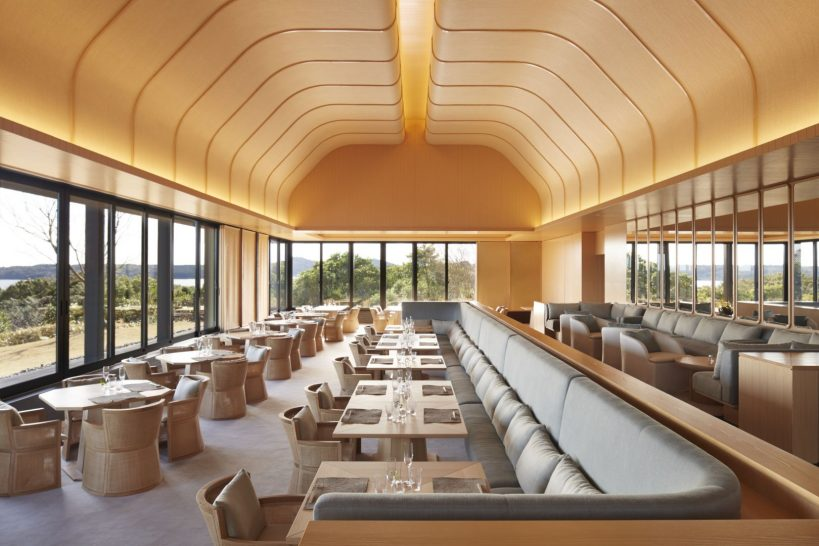 Seats 50 for breakfast, lunch and dinner, with a coffered roof and inspired by traditional Japanese izakaya dining houses