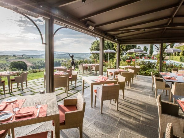 la taverna by the pool (2)