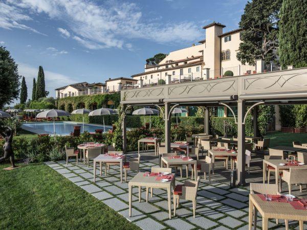 la taverna by the pool
