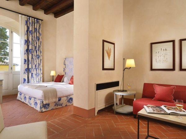 superior suite bedroom (2)