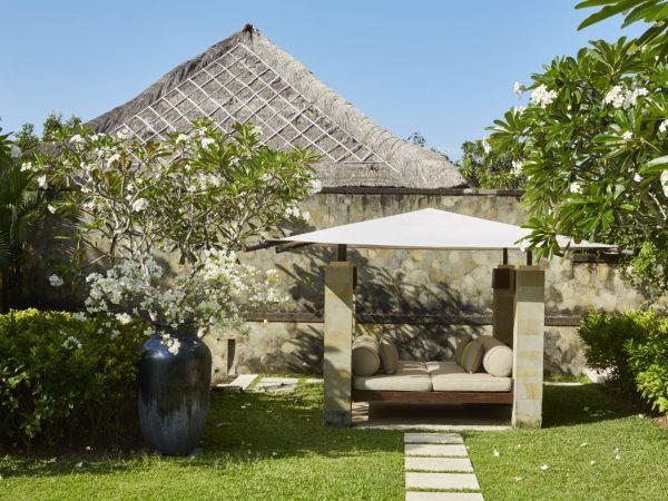 Villa Garden Bale