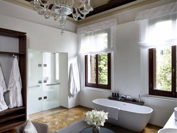 Aman Venice Palazzo Chamber Bathroom