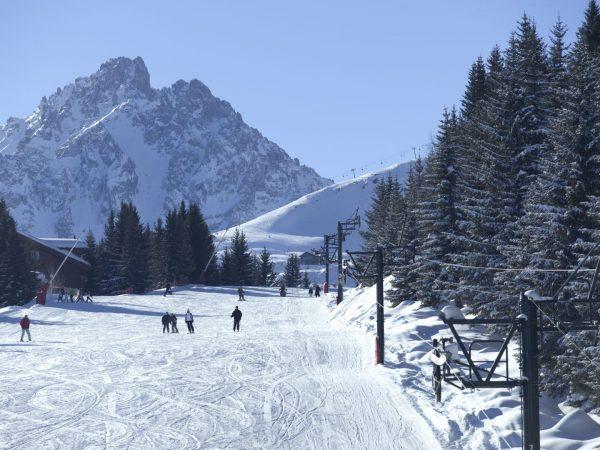 Bellecote Ski Slope Skiing Scene