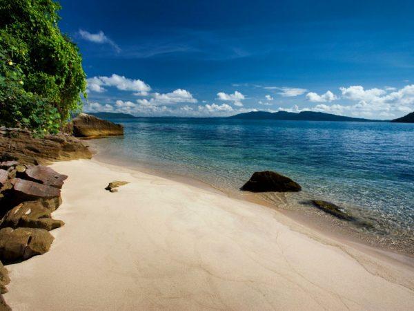 Krabey Island Hires