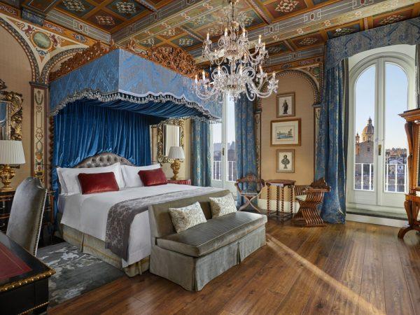 Royal Suite Gioconda Bedroom Renaissance Style