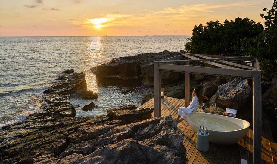 Six Senses Krabey Island Beach Retreat Outdoor Bathroom