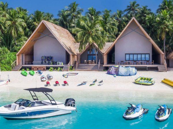 St Regis Vommuli Maldives Diving Center watersports