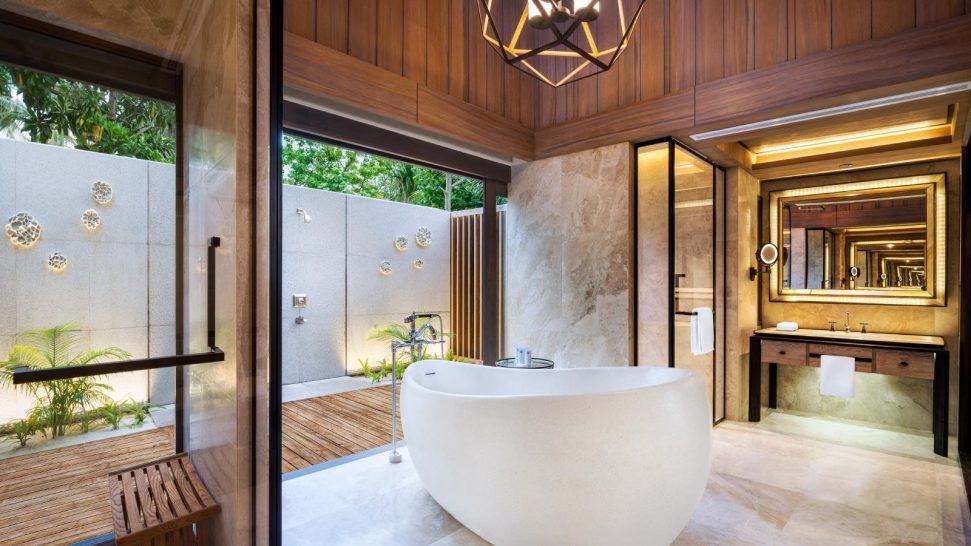 St Regis Vommuli Maldives Garden Villa Bathroom