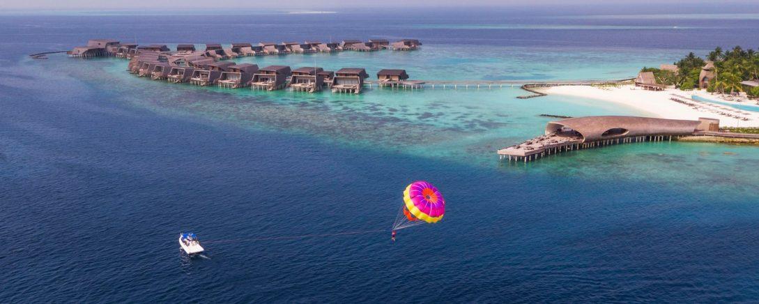 St Regis Vommuli Maldives Parasailing