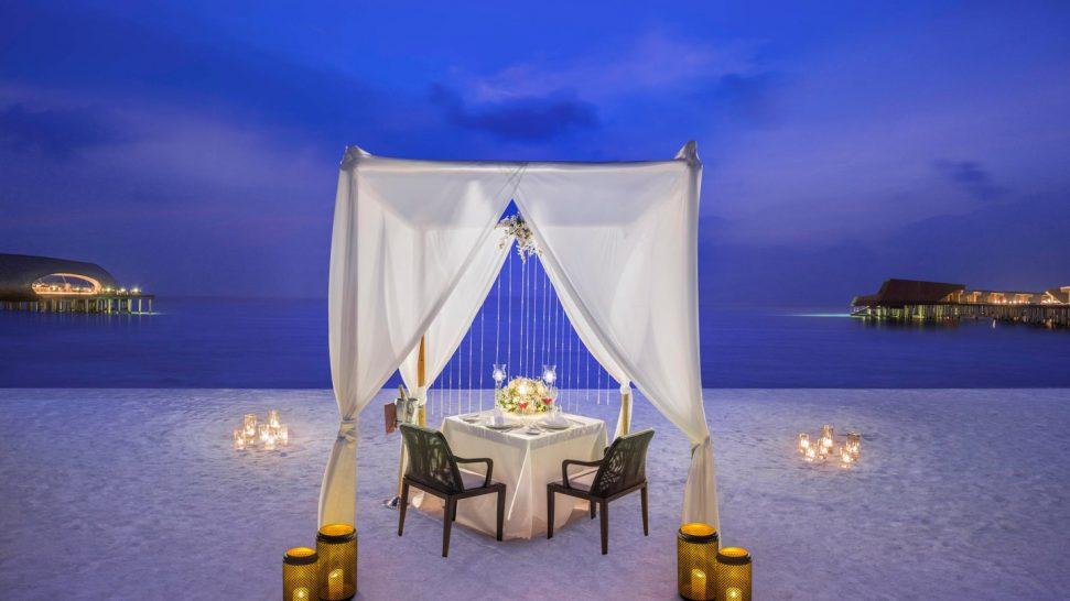 St Regis Vommuli Maldives Romantic Private Dining