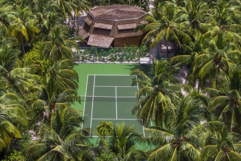 St Regis Vommuli Maldives Tennis
