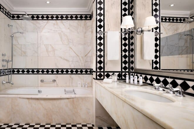 The St Regis Florence Deluxe Bathroom