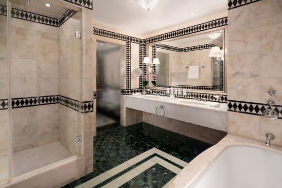 The St Regis Florence Junior Suite Bathroom