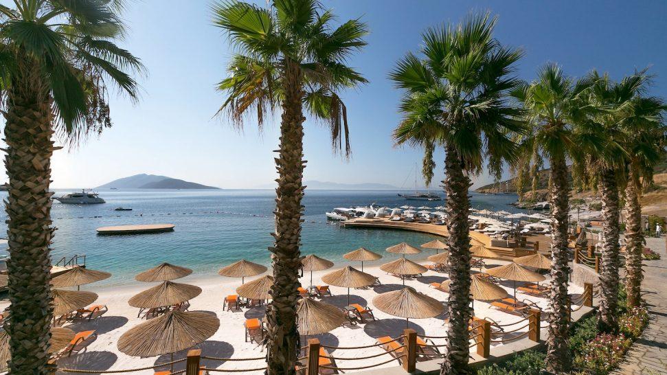 Caresse Resort and Spa Bodum Luxury Collection Beach