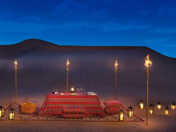 Al Maha Desert Resort and Spa Luxury Collection Desert Picnic